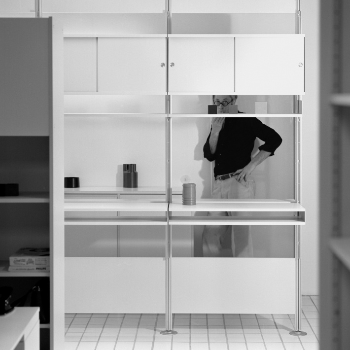 Portrait of Dieter Rams and the 606 Universal Shelving System