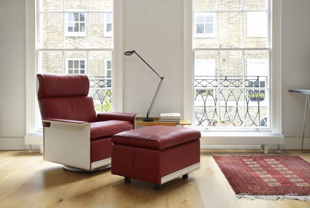 A red high-back 620 chair with swivel base complements the proportions of this Georgian townhouse. The 620 footstool with a sprung-base is surprisingly comfortable too, a seat in itself