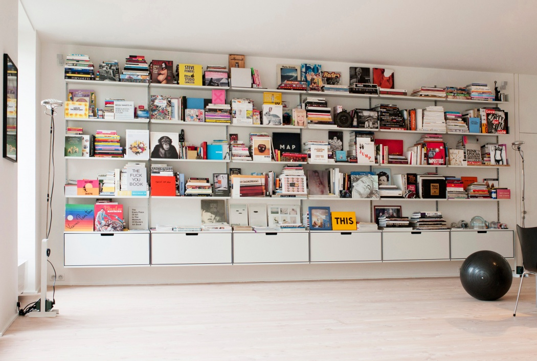 For A Creative Office, Display Your Books Cover Out. Creative Seating  Choice Too.