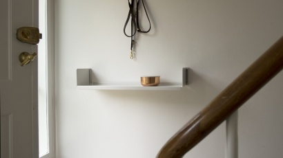 11cm E-Tracks with a single shelf. Less, but better
