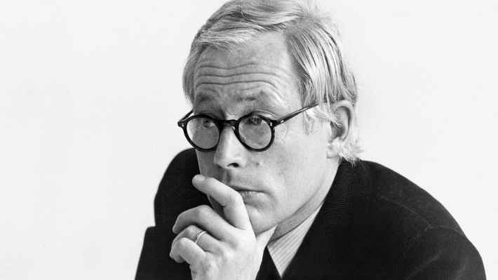 Dieter Rams, Vitsœ's furniture designer. Photograph by Abisag Tüllmann