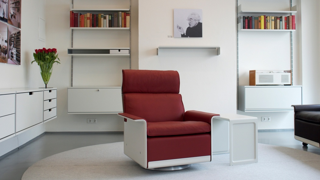 Dieter Rams's furniture for Vitsœ is inspired by his ten principles for good design