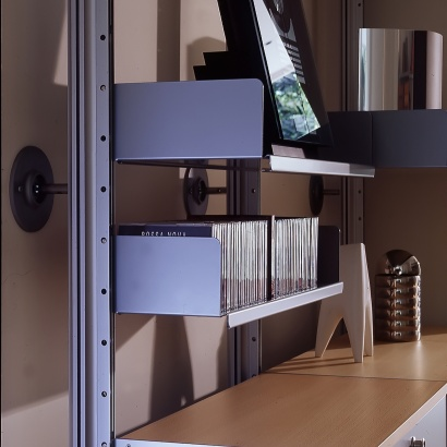 strong shelves for books, metal, Vitsœ 606 modular shelving system, smaller books, CD's and DVD's media storage. Designer Dieter Rams