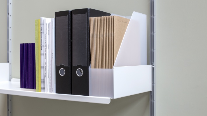 strong shelves for heavy and large books, box-files, shoes storage, Vitsœ 606 modular shelving system. Designer Dieter Rams