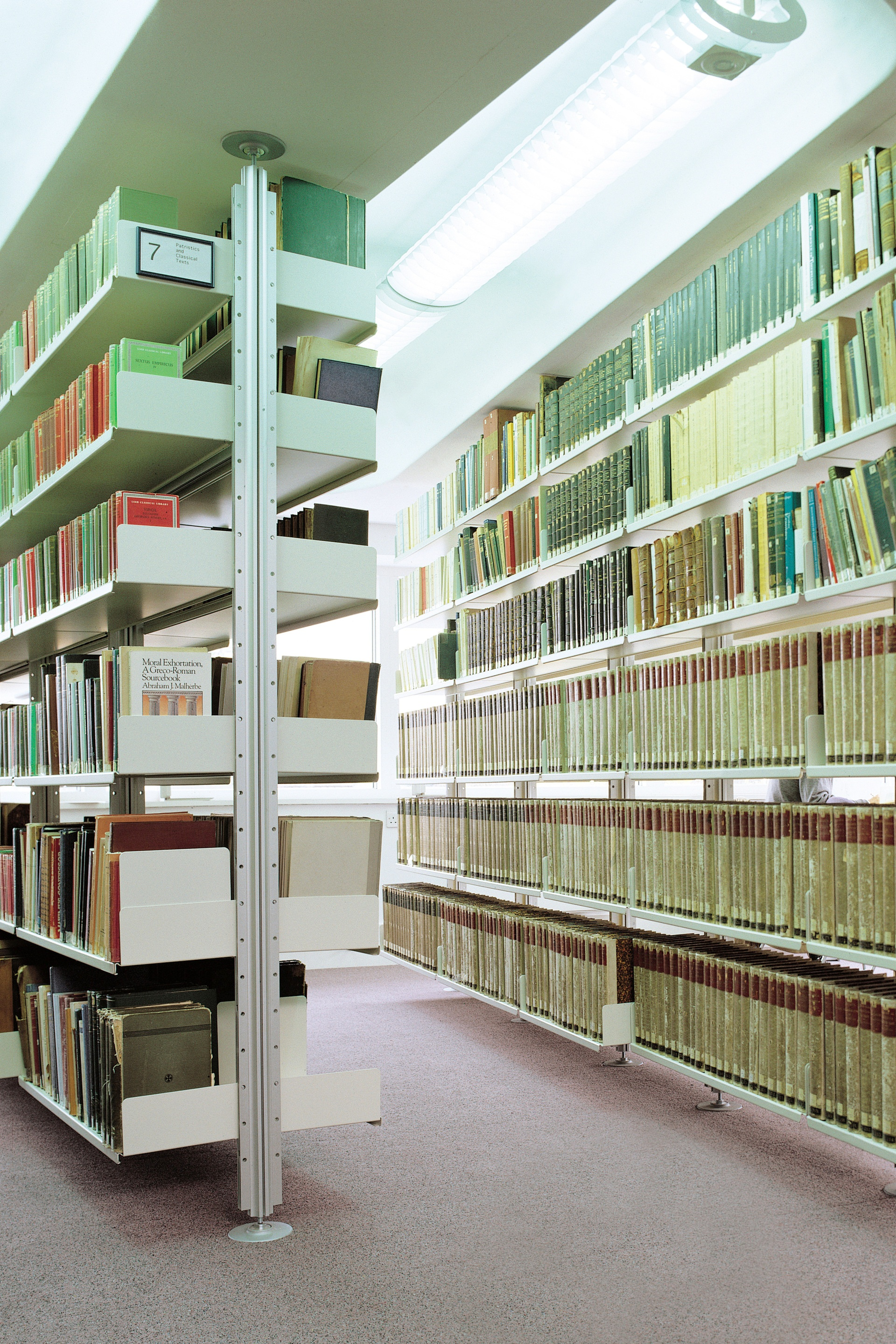 Library with 606 Universal Shelving System