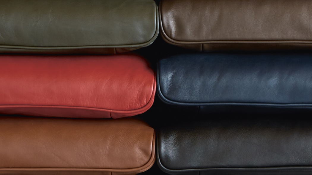 Leather armchair upholstery options for the designer 620 Chair Programme. Colours cinnamon, red, olive brown, chocolate, midnight blue, black